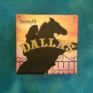 Benefit Dallas bronzer